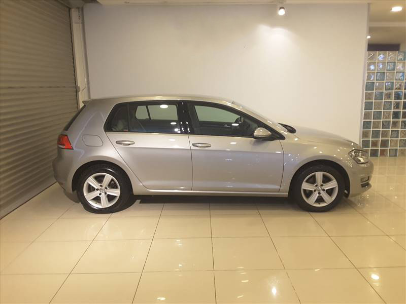 Volkswagen Golf Hatchback/5